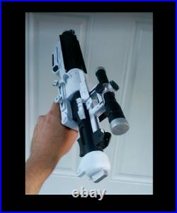 1 STAR WARS Prop Stormtrooper First Order F-11D Resin Blaster Plus Stand MADE