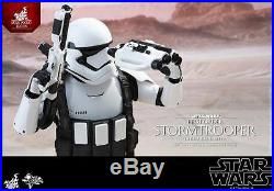 HOT TOYS Star Wars Force Awakens First Order Stormtrooper Jakku Exclusive 1/6