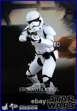 Hot Toys First Order Stormtrooper Star Wars The Force Awakens 16 Figure MMS317
