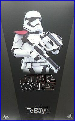Hot Toys MMS 334 Star Wars Force Awakens First Order Stormtrooper Officer NEW
