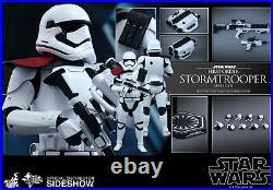 Hot Toys Star Wars Episode 7 First Order Stormtrooper Officer 1/6 (mms334)