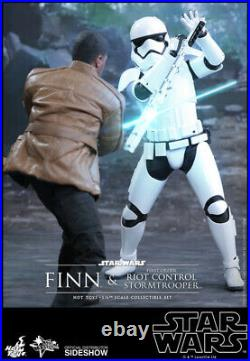 Hot Toys Star Wars Finn And First Order Riot Control Trooper MMS346 NEW