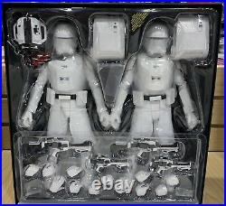 Hot Toys Star Wars First Order Snowtroopers MMS 323 Officer Set