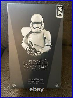 Hot Toys Star Wars First Order Stormtrooper Squad Leader Exclusive MMS316