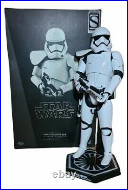 Hot Toys Star Wars First Order Stormtrooper Squad Leader Sideshow Exclusive 1/6