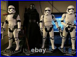 Hot Toys Star Wars Kylo Ren And 3 First Order Troopers Bundle(Read Description)