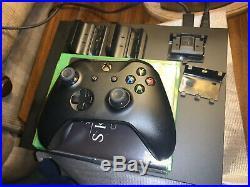 Microsoft Xbox One X 1TB Star Wars Jedi Fallen Order BUNDLE (No Star Wars Game)