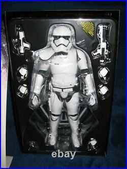 Star Wars 2015 Hot Toys 1/6 Scale First Order Stormtrooper Squad Leader MMS316