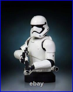 Star Wars Episode VII Gentle Giant First Order Stormtrooper Deluxe Mini Bust NEW